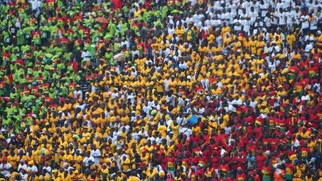 Baba Yara crowds